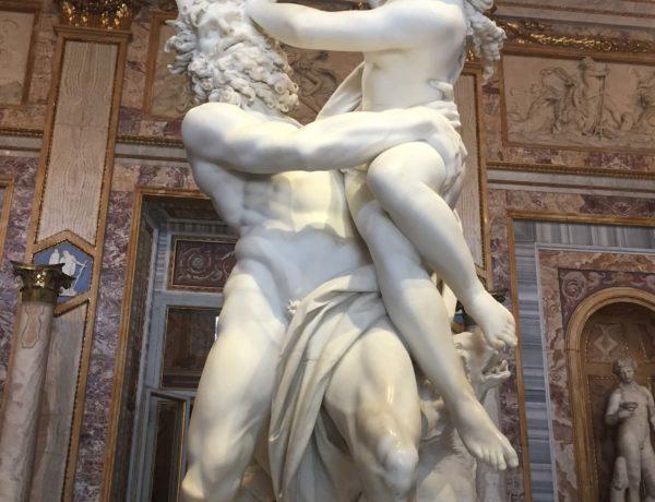 L'Esperta Italy Art Culture Image 3